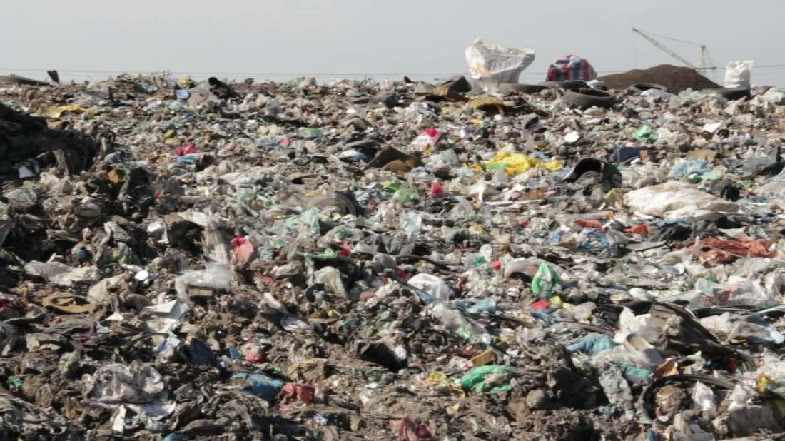 garbage-landfill-dump-footage-020583666_prevstill
